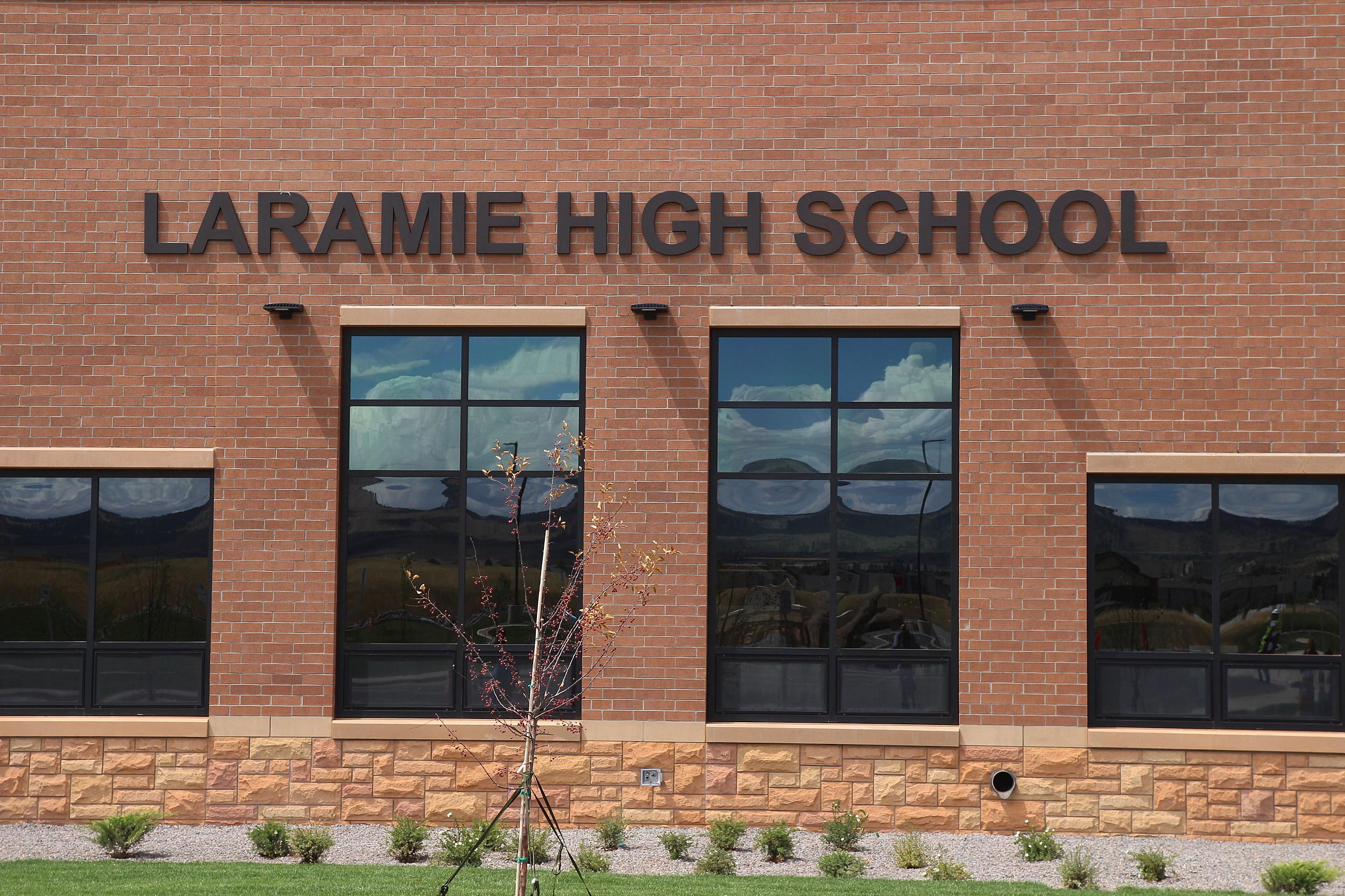 Ribbon Laramie High LHS