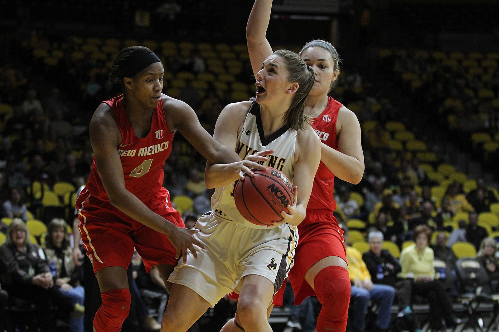 Natalie Baker battles UNM 17