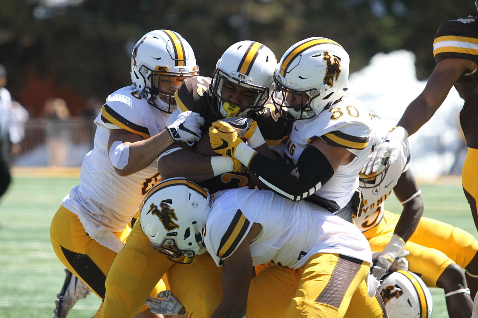 Wyoming Football Gold Defense run stop, Spring Game 2017