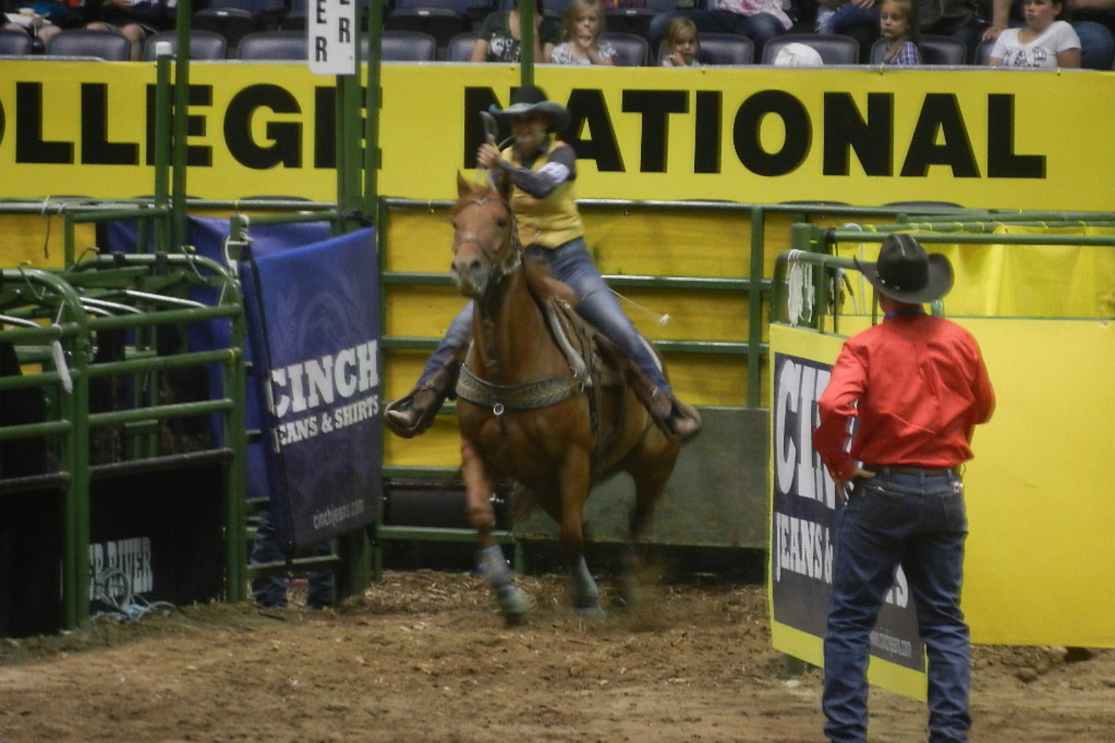 Amelia Anderson, UW rodeo, CNFR, 2017