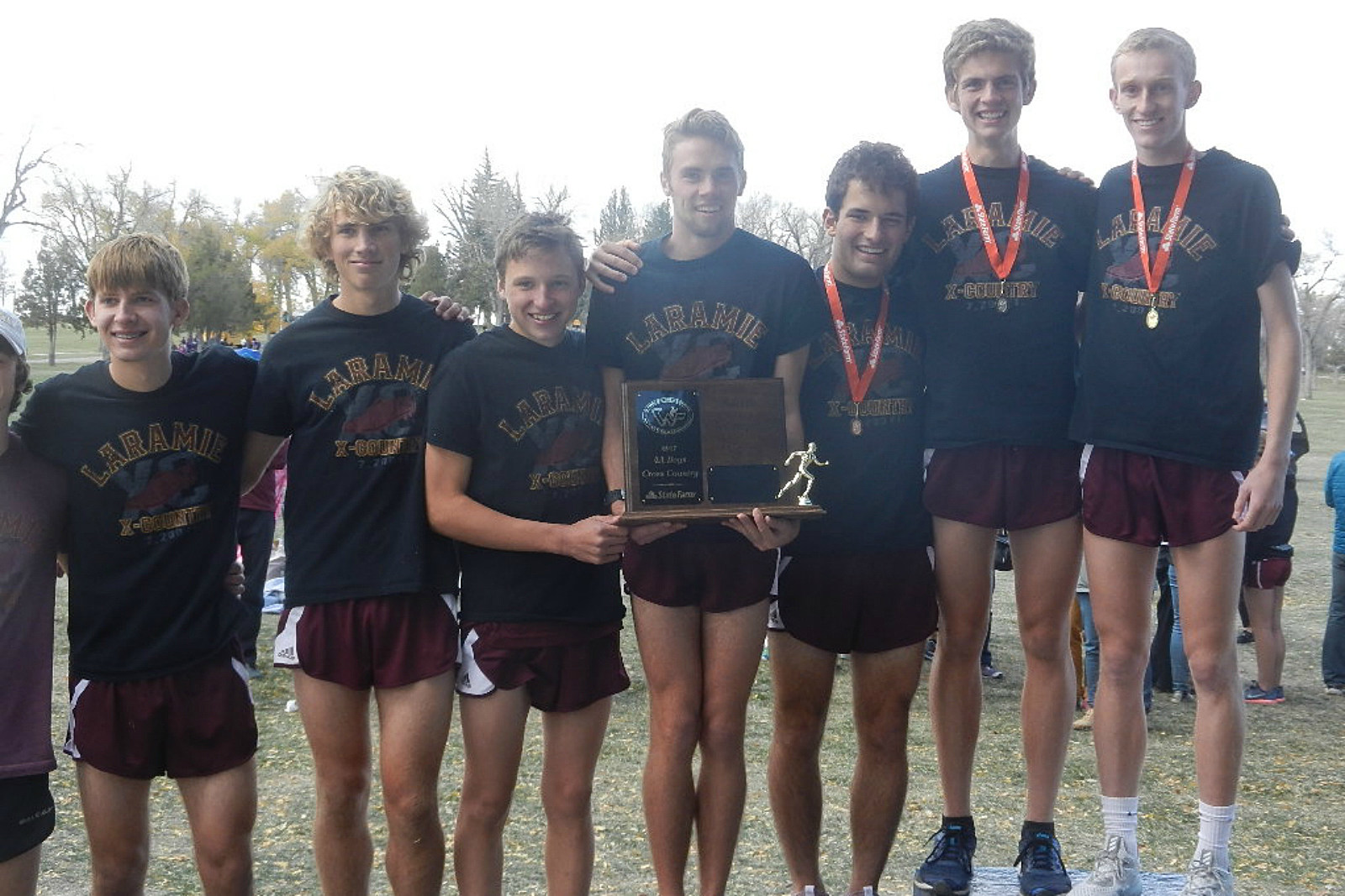 Laramie Plainsmen, State Champions, Cross Country, 2017