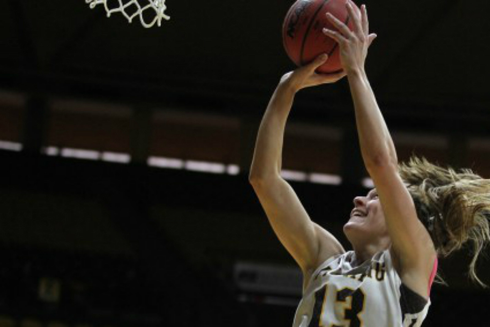 Liv Roberts, Wyoming Cowgirls, College Basketball