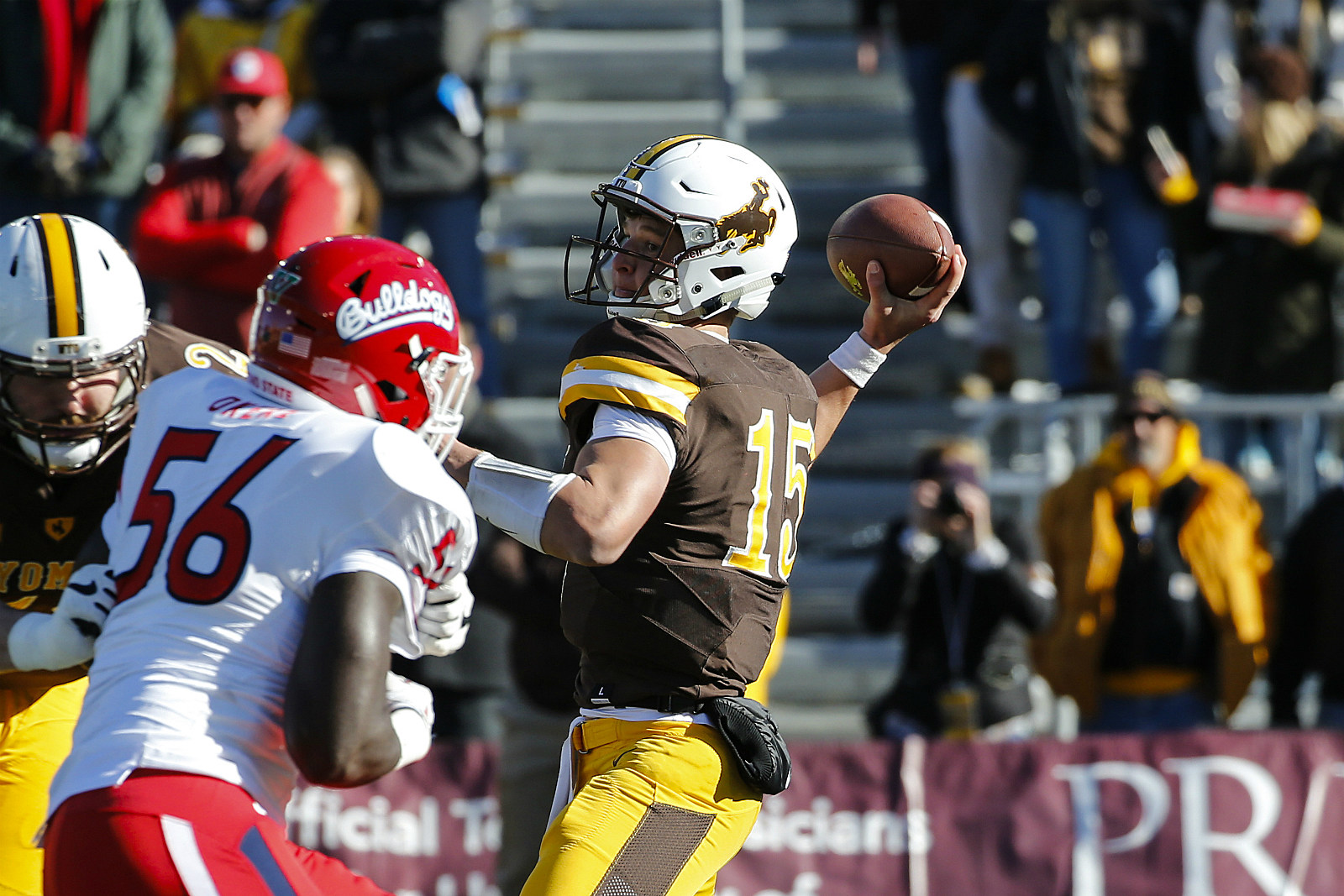 Wyoming Falls to Fresno State