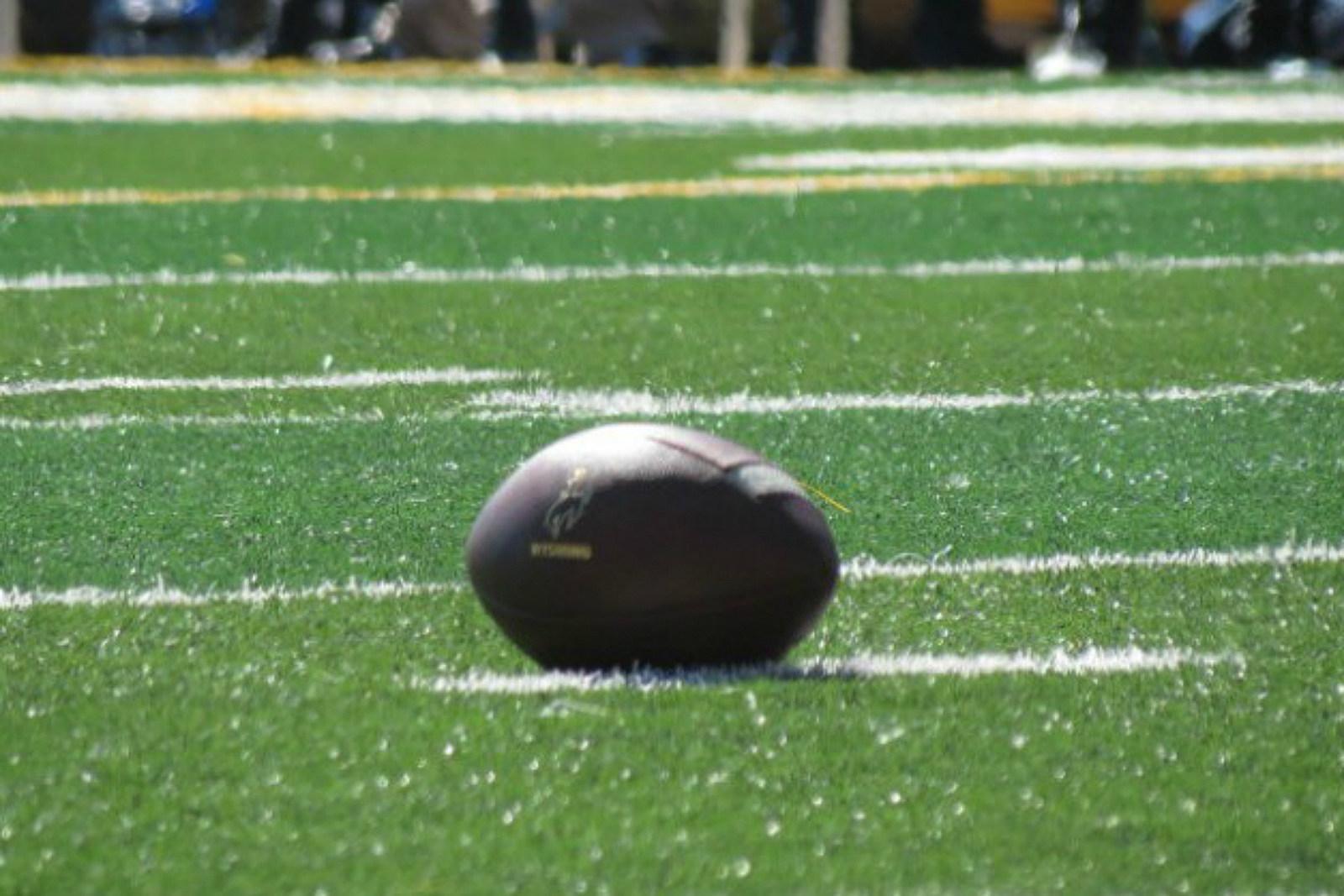 Wyoming Cowboys, football, college football, UW, Wyo, War Memorial Stadium